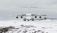 can you fly to antarctica.jpg