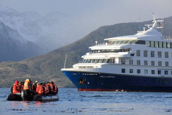 Cruise Cape Horn with Stella Australis
