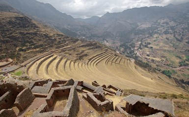 Pisac  & Ollantaytambo ruins - Cusco Accommodation