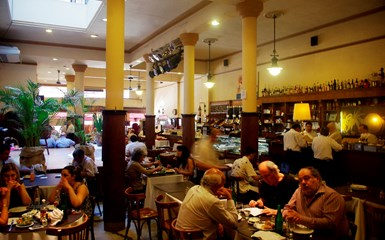 Bars & Coffee Shops - Argentine Dinner Experience Holidays