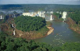 Iguassu/Iguazu waterfalls