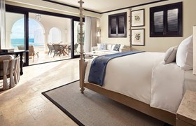 A stunning luxurious suite